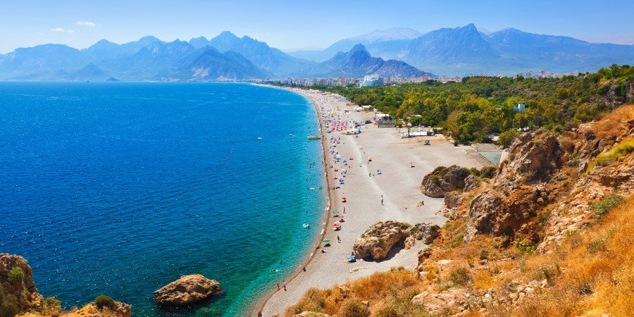 Le lunghe spiagge di Antalya